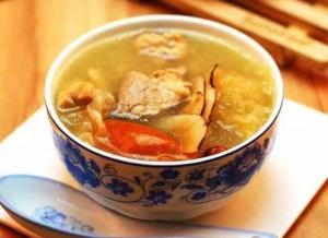 广东老火靓汤的做法